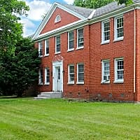 Sunnycrest Manor Apartments - Syracuse, NY 13206