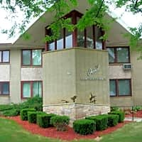 Imperial Apartments - Milwaukee, WI 53216