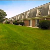 Edgewood Apartments - Westfield, MA 01085