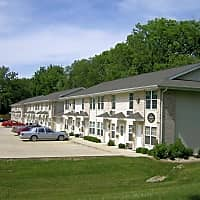 Carlyle Apartments - Charleston, IL 61920