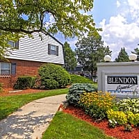 Blendon Square Townhomes - Westerville, OH 43081