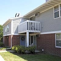 Foxcroft Apartments - Green Bay, WI 54304