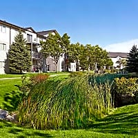 Campus Place Apartments - Grand Forks, ND 58203