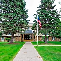 Broadway Apartments - Fergus Falls, MN 56537