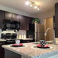 Willows of West Hills - Knoxville, TN 37909