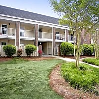Glenmeade Village Apartments - Wilmington, NC 28401