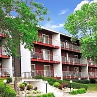 Somerset Green and Sandlewood Place Apartments - Saint Paul, MN 55118