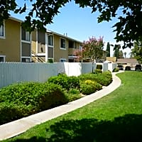 Cerro Vista Apartments - Riverside, CA 92503