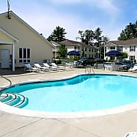 The Apartments at Forrest Pointe - East Greenbush, NY 12061