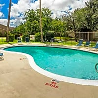 La Residencia Apartments - Brownsville, TX 78521