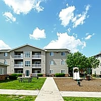 Windsor Pointe - Ames, IA 50014