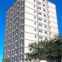 Sheridan Lake Apartments - Chicago, IL 60626