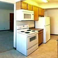 Thomasville Apartments - White Bear Lake, MN 55110