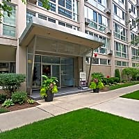 The Van Der Rohe Apartments - Chicago, IL 60657