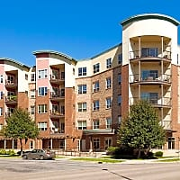 Crescent Trace - Minneapolis, MN 55413