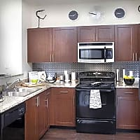 The seasons of cherry creek e ellsworth avenue denver co apartments for rent for Cheap 3 bedroom apartments in denver co