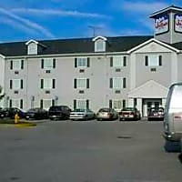 InTown Suites - Indianapolis North (INN) - Indianapolis, IN 46268