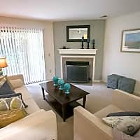 Summer Ridge Apartments - Kalamazoo, MI 49009