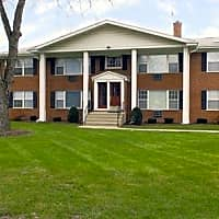 Colonial Apartments - Elmhurst, IL 60126