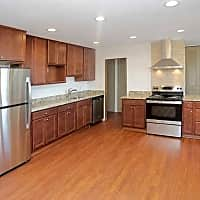 Calhoun Shores Apartments - Minneapolis, MN 55408