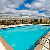 The Villages At Essex Park - Rochester, MN 55901