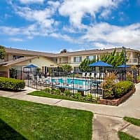 Cambridge Apartments - Huntington Beach, CA 92649