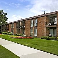 Parkview Village Apartments - Warren, MI 48092