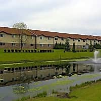 Villa Royale Apartments - Kenosha, WI 53144