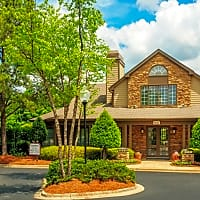 The Reserve at Waterford Lakes Apartments - Charlotte, NC 28210