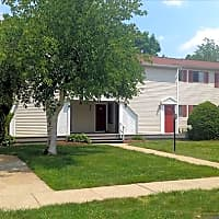 Fox Hill Apartments - Enfield, CT 06082