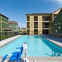 Parkland Point Apartments - Champaign, IL 61821