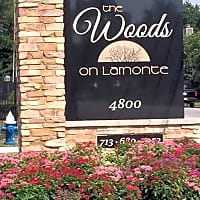 Woods On Lamonte - Houston, TX 77092