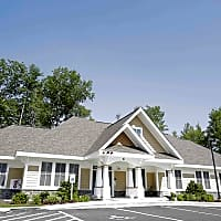 University Heights Apartments - Hooksett, NH 03106