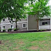 Maple Ridge Apartments - Lynchburg, VA 24503