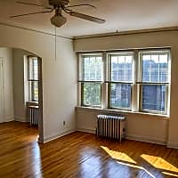 KMS Uptown Apartments - Minneapolis, MN 55405
