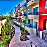 IMT Townhomes at Magnolia Woods - Sherman Oaks, CA 91403