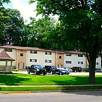 Gazebo Apartments - Springfield, IL 62704