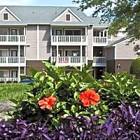 Marina Shores Waterfront - Cornelius, NC 28031