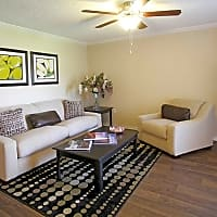 21 South at Parkview Apartment Homes - Baton Rouge, LA 70816