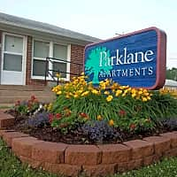 Parklane Apartments - Wichita, KS 67218