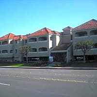 Yorktown Apartments - Huntington Beach, CA 92646