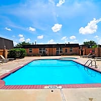 Golden Crest Apartments - Odessa, TX 79762