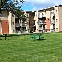 Aurora Heights Apartments - Aurora, IL 60505