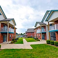 Clearwater Farm Apartments - Louisville, KY 40219