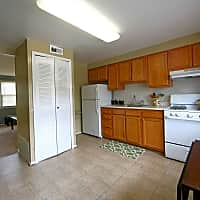 Highland Village Townhomes - Baltimore, MD 21227