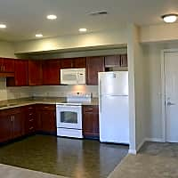 Apartments at Richmond Square - Lancaster, PA 17601