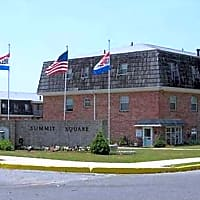 Summit Square Apartments - Lebanon, PA 17042
