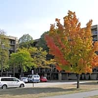 Knollwood Towers West - Hopkins, MN 55343