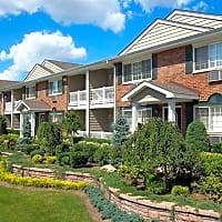 Fairfield Suburbia Gardens - West Babylon, NY 11704