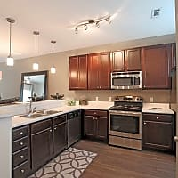 Loch Raven Pointe Apartments and Townhomes - Raleigh, NC 27604